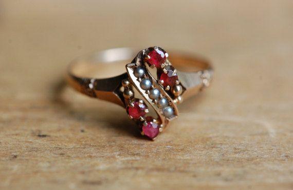 Antique Victorian seed pearl garnet dress ring ∙ Victorian garnet pearl ring