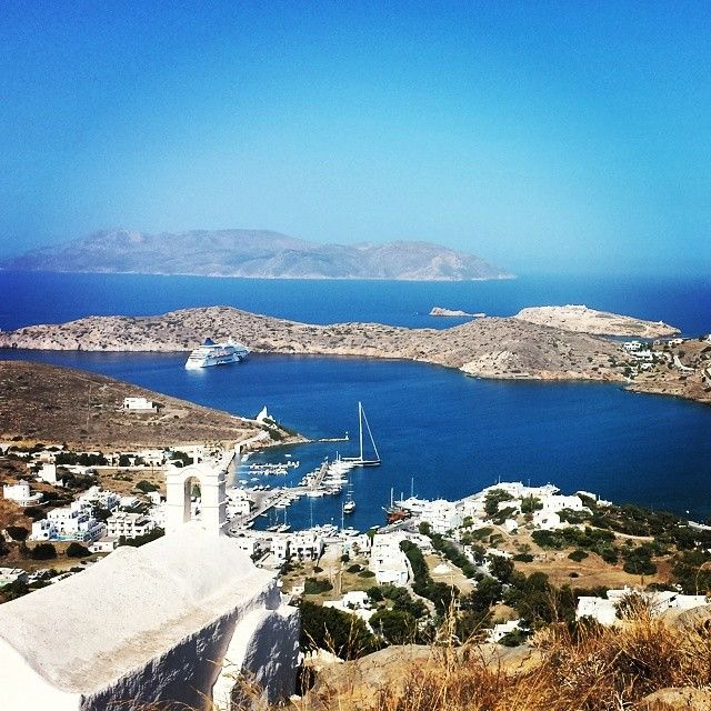 #Ios embodies that classic #Greek #island ambiance—hillside clusters of blue-roofed white buildings and golden #beaches that spill into the sapphire #sea. The spindly windmills of Ios are like something from a storybook, an exercise in awed contemplation.  #louiscruises   #cruise   #greekislands   #vacation   #travelphotos   #ig_greece