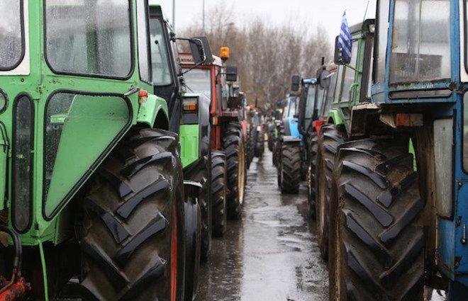 Νέα συνέλευση θα πραγματοποιήσουν σήμερα, στις 18:00, οι αγρότες του μπλόκου των Τεμπών, μετά την ολοκλήρωση του πρωινού τρίωρου αποκλεισμού της Κοιλάδας, προκειμένου να αποφασίσουν για την περαιτέ…