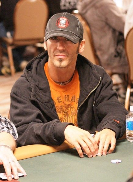 Sully Erna - Celebs At The 2010 World Series Of Poker