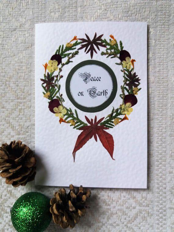 Christmas Wreath handmade card. Pressed flower Greeting card.