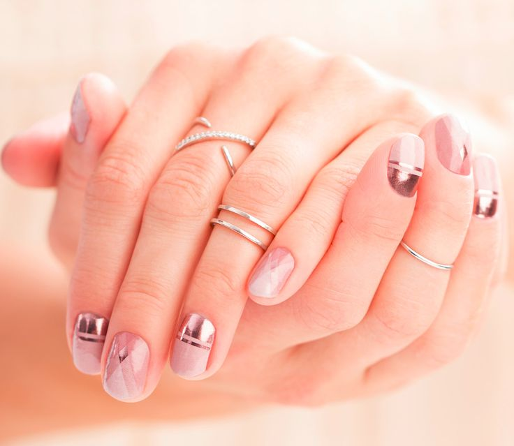 OK - totally fab new Sisters' Style Nail Art wrap this month - this is the metallic Retro Glam! So chic. Perfect for the office too!  PM me!!!    ***    #JamminNailsByKim #NailWraps #Manicure #Pedicure #Beauty #NailArt #NailArtDesign #NailFashion #DIYNails #DIYBeauty #DIYNailArt #Nails2Inspire #NailDesign #NonToxic #NonToxicBeauty #CleanBeauty #CrueltyFree #VeganBeauty #EcoFriendly #IHaveAWrapForThat #Jamberry #BeYourOwnKindOfBeautiful #Gift #SistersStyle #RetroGlam #Metallic