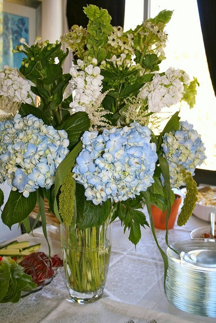 Blue Hydrangea Centerpieces | Blue Hydrangea Centerpiece | Flickr - Photo Sharing!