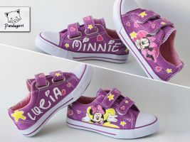 Minnie Mouse custom kicks by Pandagorri