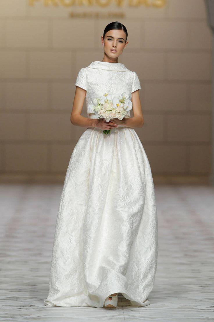 23 best Wedding Dresses images on Pinterest   Wedding dressses ...