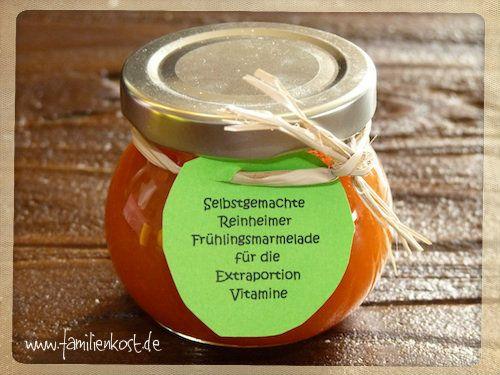 Unser Rezept für Möhrenmarmelade mit Orangen, Ingwer und Apfel bringt gute Laune auf den Tisch. Das beliebte Hasenfrühstück schmeckt nicht nur zu Oste