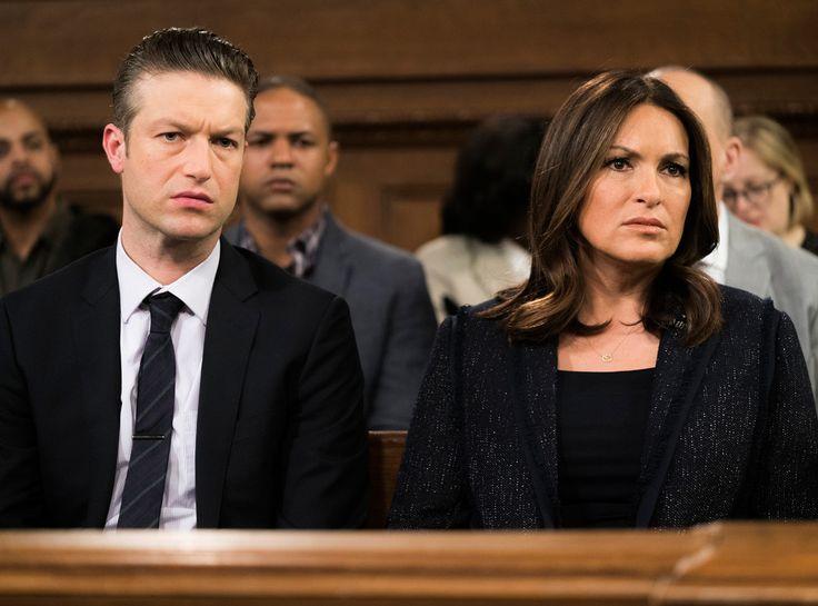 Law & Order: SVU Taking on Making a Murderer in Season 18   E! Online Mobile