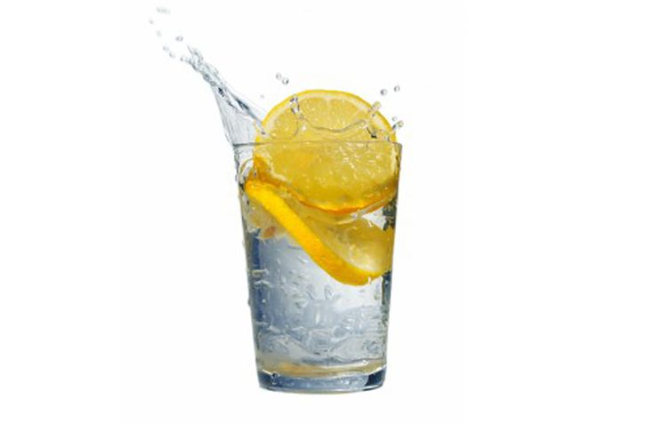Gezonde en Caloriearme Frisdrank met Prik Als je van drankjes met prik houd zoals ik, zit je tijdens een dieet soms in de problemen. Gewoone frisdrank zit vol suikers, light drankjes hebben vaak on…