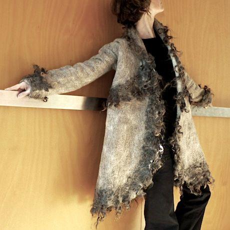 Felted tribal jacket, Pin: Atelier Jose Driebergen