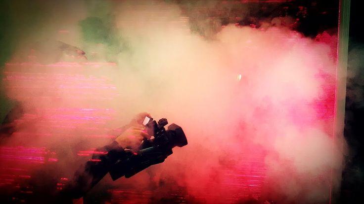 Probeneinblicke FAUST II - ERLÖSUNG! - Ballett Dortmund  Spielzeit 2016/17 - Ballett Dortmund Probeneinblicke zu FAUST II - ERLÖSUNG! Ballett von Xin Peng Wang Musik von Hans Abrahamsen Louis Andriessen Luciano Berio Michael Gordon David Lang und Peteris Vasks --- Infos & Tickets: www.tdo.li/faust2 --- Alles Vergängliche ist nur ein Gleichnis Seit dem Sommer 2015 ist vieles anders geworden in Europa. Menschen sind unterwegs. Sie kommen von weit her. Auf uns zu. Die Heimat im Rücken. Wollen…