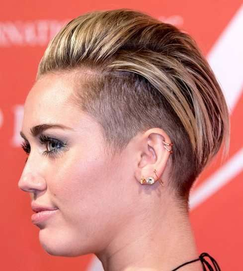 2019 Miley Cyrus Hairstyles Trendy Short Haircut