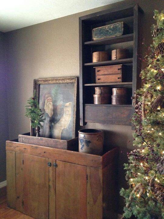 Look at that Santa photo! And that beautiful tree!! Very prim