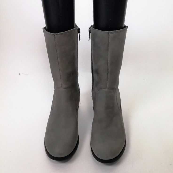 Ugg Pure Womans Winter Boot Sz 8 Gray Suede Sherling Midcalf 11 in Tall #Ugg #SnowWinterBoots