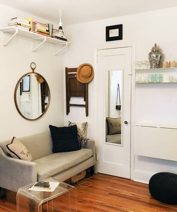 A Teeny 225 Square Foot Studio Has All The Small Space Saving Solutions Small Spaces Studio Apartment Decorating Living Room Designs