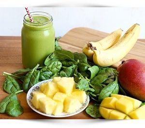 Deze groene smoothies recepten zijn lekker, eenvoudig te maken en gezond. Je lijf zal je belonen met een stralende huid, gewichtsverlies en bergen energie.