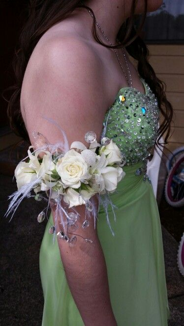 25 Best Prom Flowers Images On Pinterest Prom Flowers