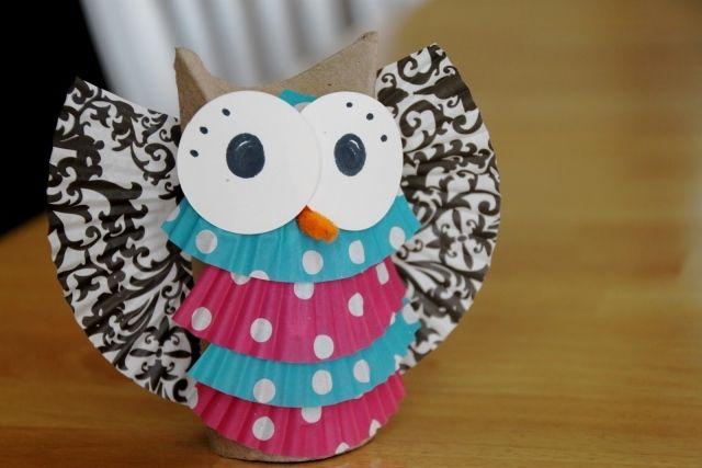 basteln klorollen eule muffinförmchen dekorieren