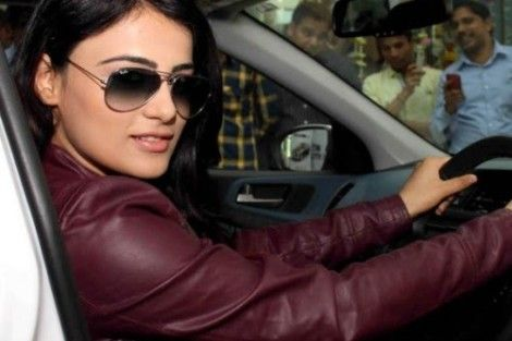 Radhika Madan Unseen Photos - Radhika Madan Rare and Unseen Images, Pictures, Photos & Hot HD Wallpapers