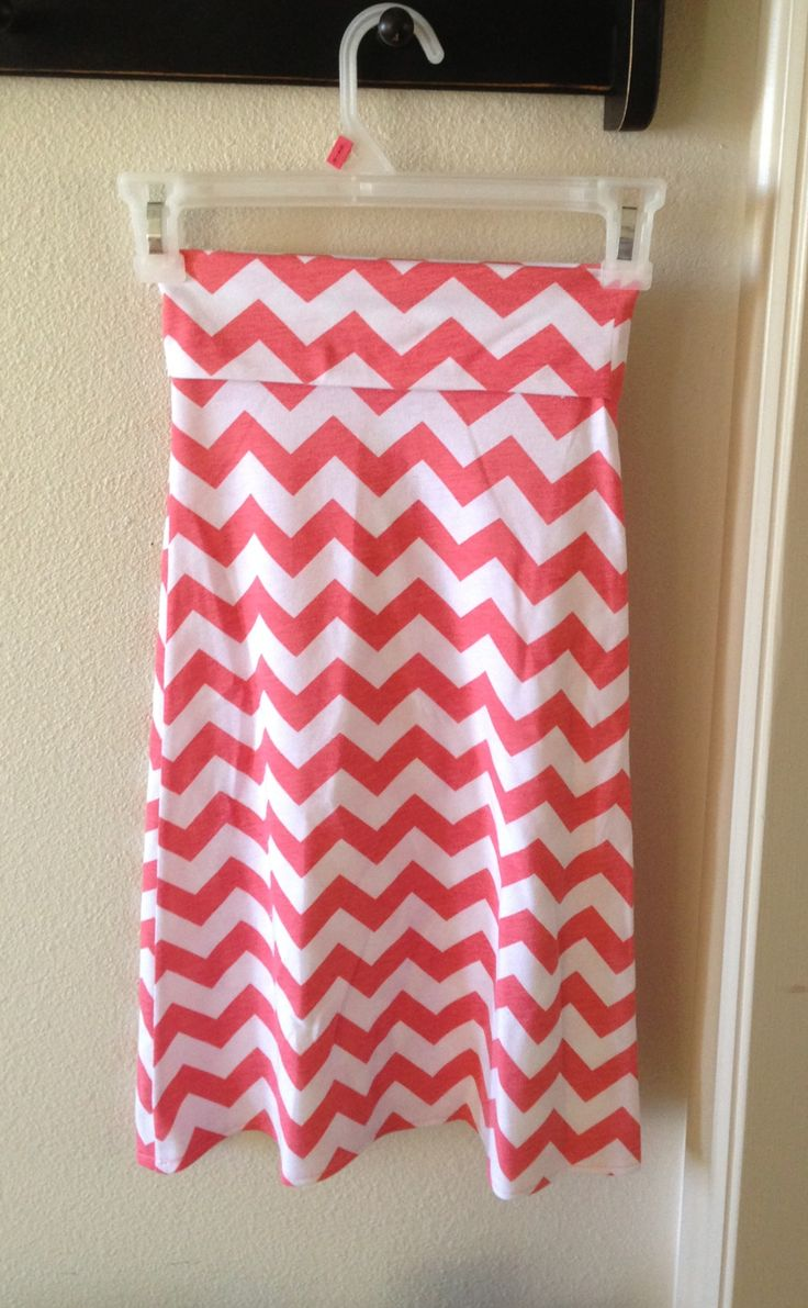 Toddlers girls DIY chevron maxi skirt. Online tut altered to fit teeny boppers. Size 3T. I'm so gonna make one for me ( not me… my mother) haha