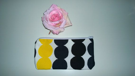 Wallet / mini purse Marimekko Räsymatto by MayaDesignFinland
