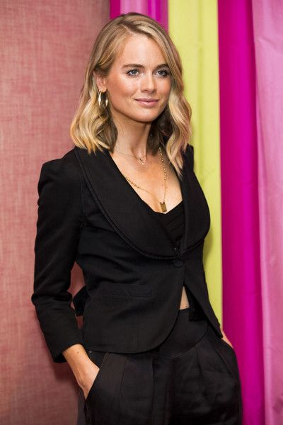 Cressida Bonas attends the UK premiere of 'Double Date' at The Soho Hotel on October 10, 2017 in London, England. - 'Double Date' UK Premiere - Red Carpet Arrivals