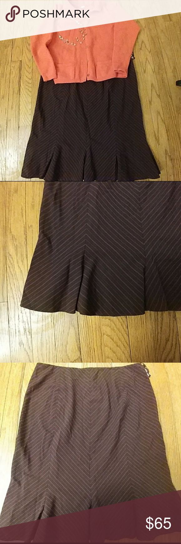 """NWT Nine West aubergine/purple trumpet skirt NEW WITH TAGS aubergine/purple/magenta diagonal pinstripe trumpet skirt from Nine West. Trumpet pleats at the bottom add an adorable little """"kick"""" when moving! In excellent condition. Nine West Skirts"""