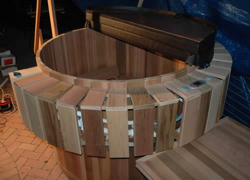 Ukko 6 person tub with all extras incl. custom made stairs in Gymea Bay, NSW