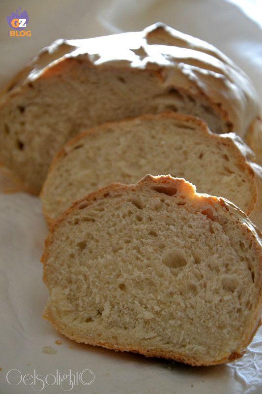 pane con esubero di pasta madre fette