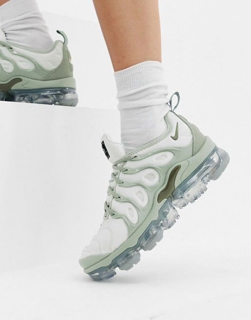 san francisco 8d6df 9678e Nike Grey Air Vapormax Plus Trainers | rag inspo in 2019 ...