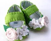 Apple Green Felt Baby Shoes with Linen and Bright White Flowers