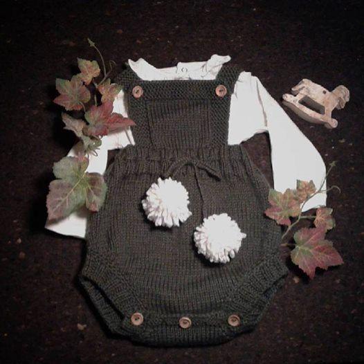 Macacão tricotado à mão em lã merino by agasalhosbugalhos on Etsy
