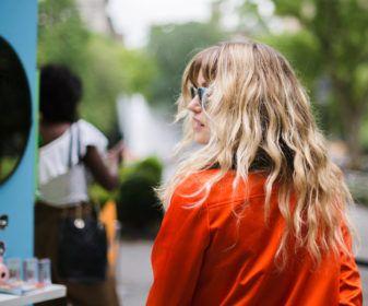 Джорджия Мэй Джаггер в Refinery29 х Sunglass Hut Shades Of You для стиля линии