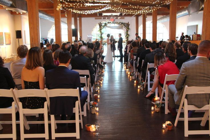 Twist Gallery is the go-to venue for weddings, ceremonies and corporate events, as well as fashion shows, business functions and festivals. The gallery is a proven spot for any occasion.