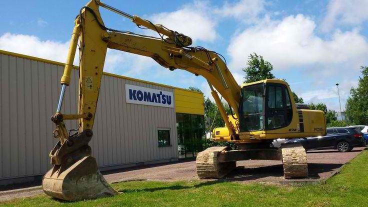 We sell cheap Excavator Komatsu PC210LC-6 Second Hand. Manufacture year: 2000. Working hours: 12900. Excellent running condition. Ask us for price. Reference Number: AC3662. Baurent Romania.