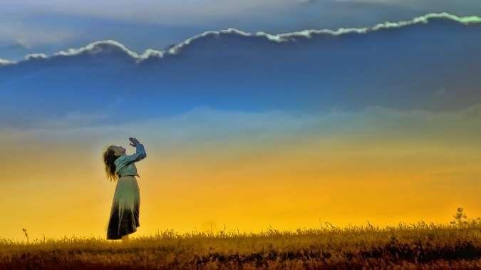 """¿Cuántas veces has dicho: """"Dios ayúdame"""" y le has prometido algo a cambio?  Todos le hemos pedido ayuda a Dios más de alguna ves y le decimos:  """"Dios mio,"""