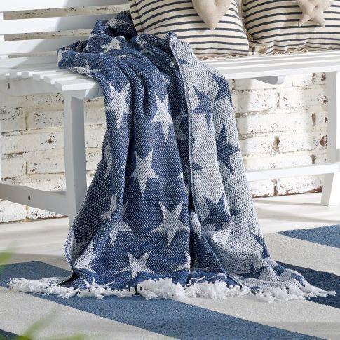 miaVILLA - Wohndecke White Stars, Sternenmuster, Baumwolle #miavilla #stern #sterne #wohndecke
