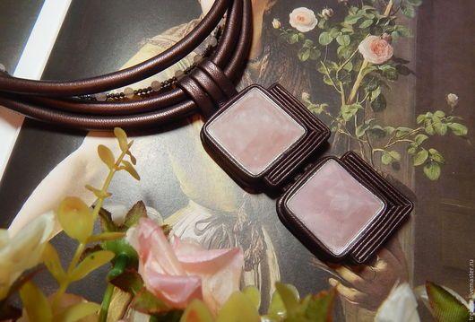 Колье, бусы ручной работы. Ярмарка Мастеров - ручная работа. Купить Колье из натуральной кожи с розовым кварцем Мокко. Handmade.