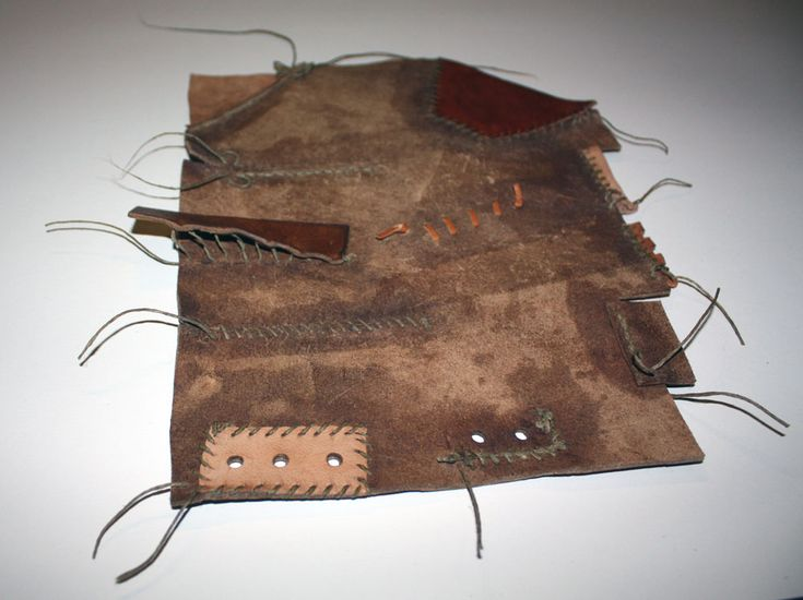 Inspired by ´Stepping Through Times´  Olaf Goubitz. A sample of stitches used in the Middle Ages to sew turn shoes.