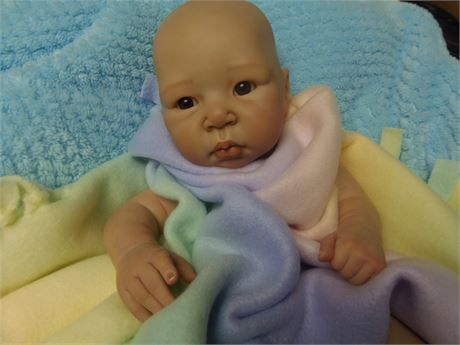 ❤️ Beautiful painted baby doll kit ..another project on my to do list!   time for someone else to put this pretty baby together ..hit the picture zoom to see better details on doll .. she doesnt have a body so she is pictured laying with a blanket (not included) doll has been painted using genesis heat set paint.    items needed to completely finish doll is 1.body 2.poly fil stuffing for body 3. a wig or you can root her hair.she would be cute left bald with a big bow tied around her head…