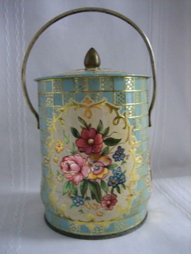 Vintage Collectible Murray-Allen Regal Crown Confections Tin with Lid England