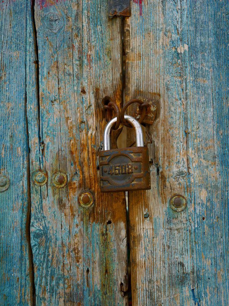 Old door padlock detail