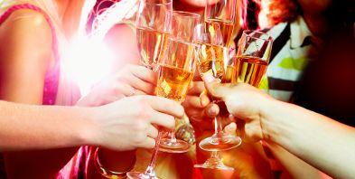 Kurzurlaub-Harz Sylvester Sekt Champagner Prost| Reisehummel.de