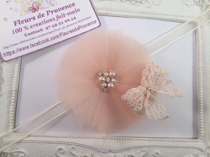 Bracelet avec fleur tulle et dentelle Rose Banana pour demoiselle d'honneur : Autres accessoires par fleurs-de-provence