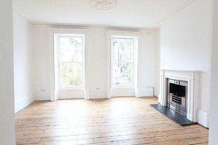 #gif #livingroom #white #interior #style #design