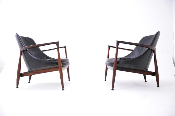 Ib Kofod Larsens most impressive design. Made by Master cabinet makers Christensen & Larsen. Bra