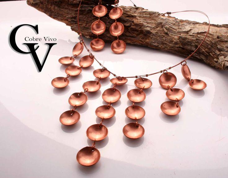 Collar de cobre