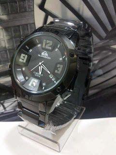 Quiksilver Cisero Fullblack Harga : Rp 210.000,-  Spesifikasi : Tipe : jam tangan pria Kualitas : kw super Diameter : 4cm Tali : rantai Fitur : tanggal aktif  Pemesanan : SMS : 081802959999 Pin BB : 270C3124