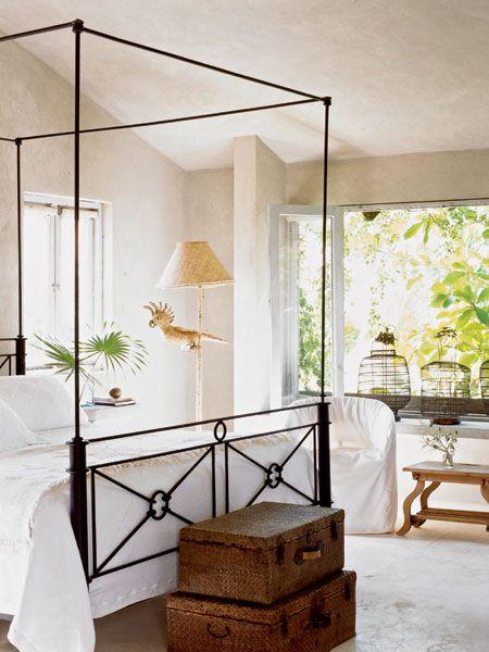 simple tropical bedroom