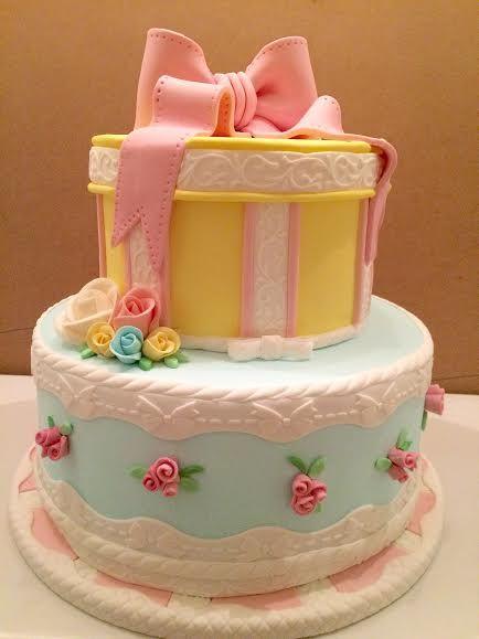 Girly Gift Box Birthday Cake