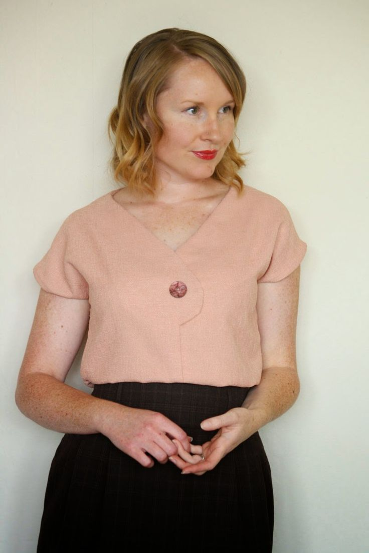 The Afternoon Blouse pattern is here! {via Jennifer Lauren Vintage}